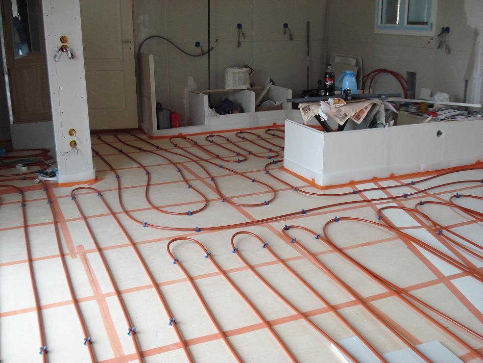 la maison de flo et jp 3 archive du blog 30 janvier 2011 les tubes per pour plancher chauffant. Black Bedroom Furniture Sets. Home Design Ideas